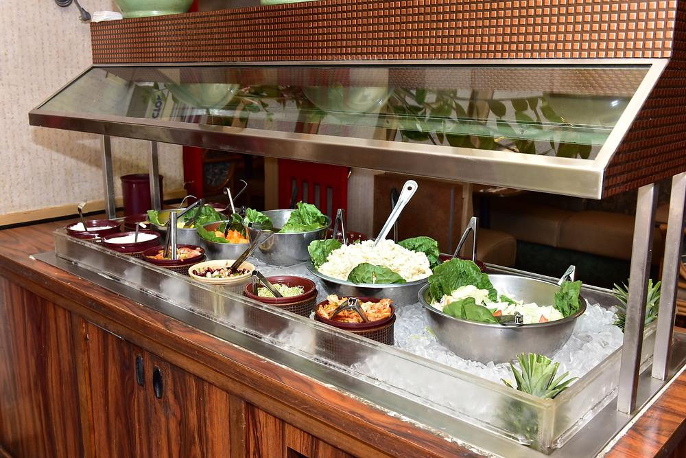 野菜の種類は多くないけど、でもとってもありがたいっす(Photo/Tomohito Ishimaru)