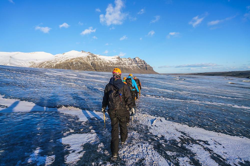 こんな感じで1日で4時間以上氷河を歩きました(PHOTO/Tomohito Ishimaru)