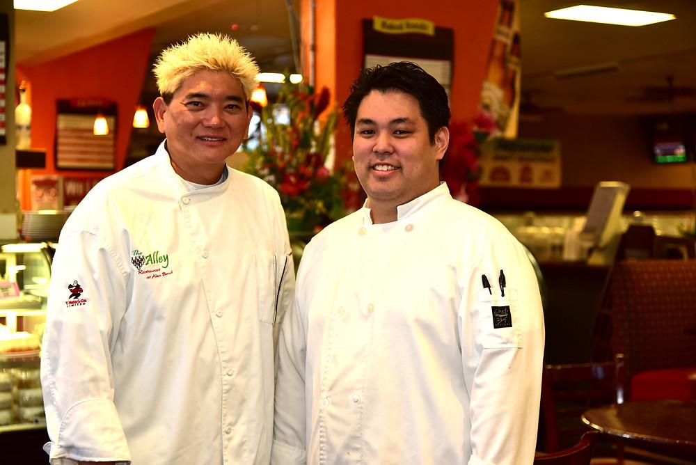 左のちょい強面金髪の御仁がシェフのグレンさん。ベースはフランス料理だそうです(PHOTO/Tomohito Ishimaru)
