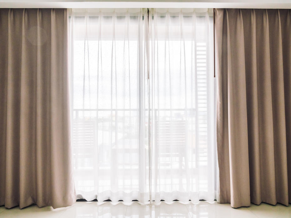 Curtains, Blinds & Wallpapers