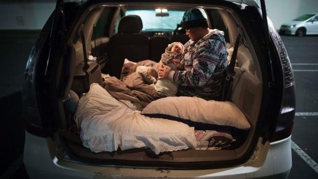 Homeless at Christmas - periecho.com