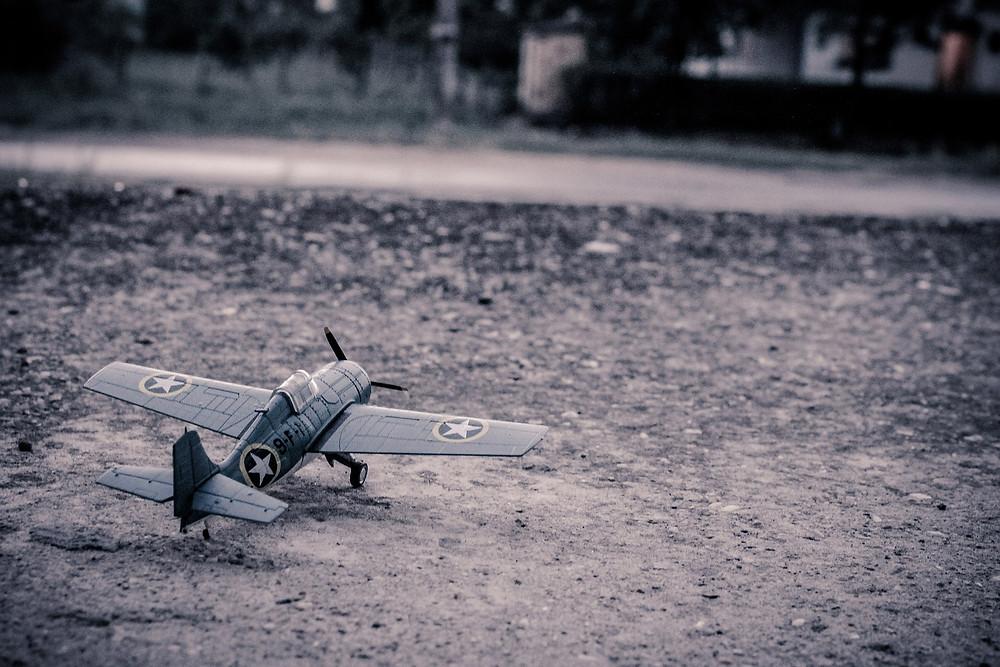 Airplanes and Manna - periecho.com