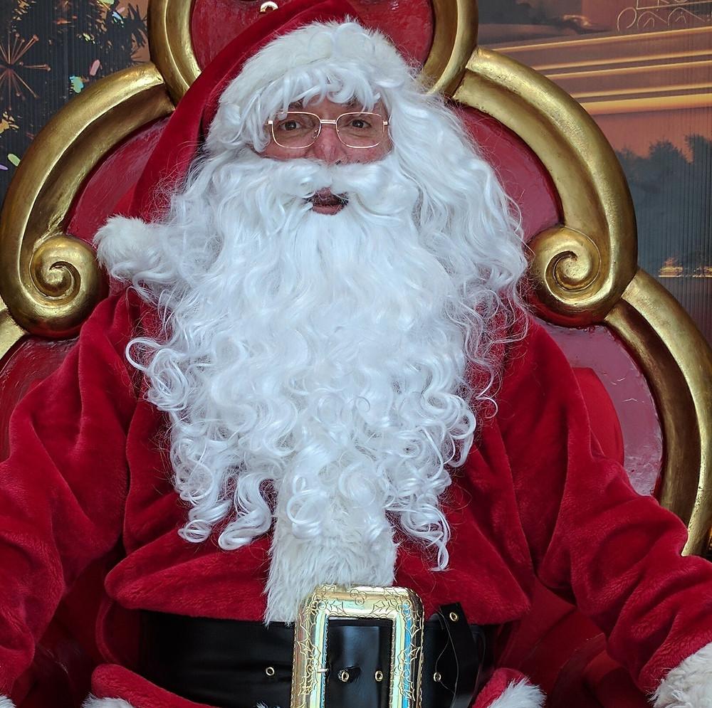 "Periecho Contributor Christopher Newport as ""Santa"""
