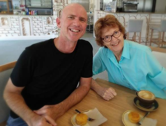 Mark and Elaine Darling - periecho.com
