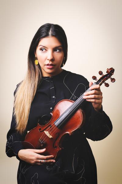 Künstlerportrait von Violinistin Florencia