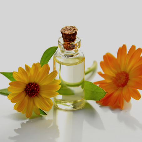 4 Ways to use Essential Oils to support your healthy lifestyle