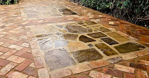 Creative stone paving