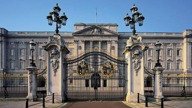 buckingham-palace-buckingham-palace-photographer-andrew-holt-ba2d2924f687e5713154dbf611c103e1