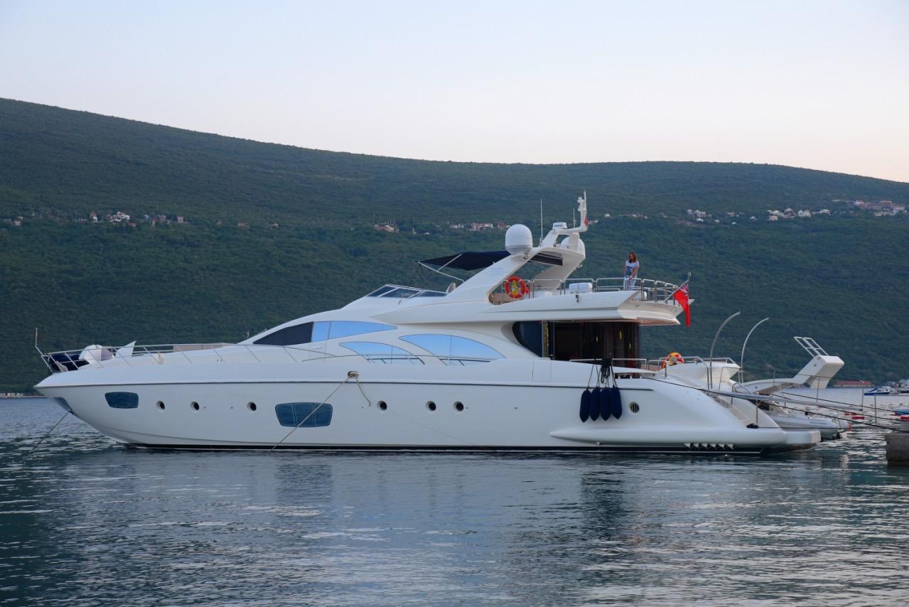 Azimut 89 Charter Montenegro Tivat