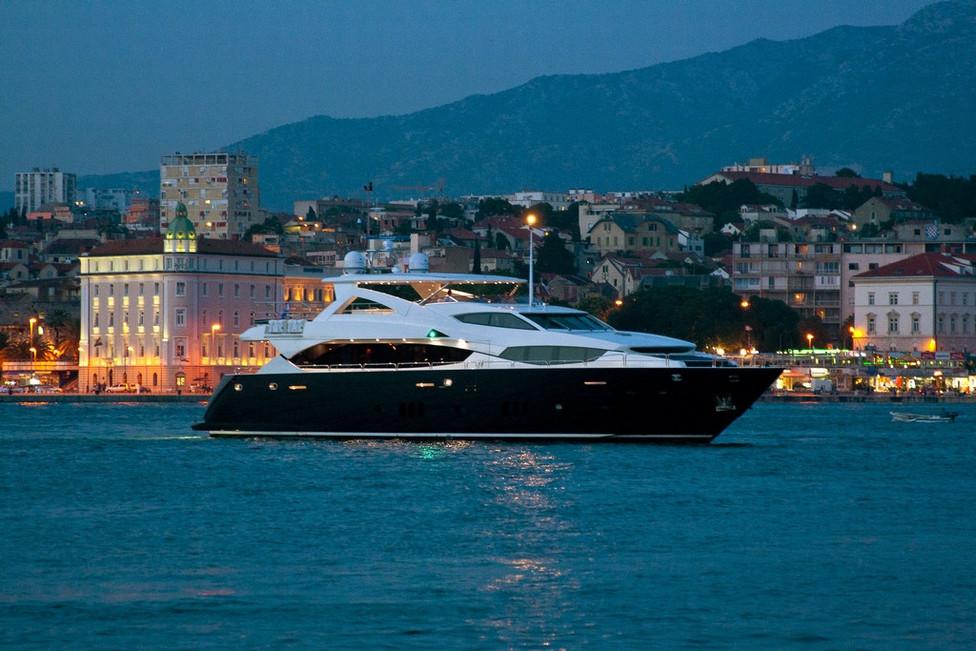 Yacht 34M Charter Mediterranean