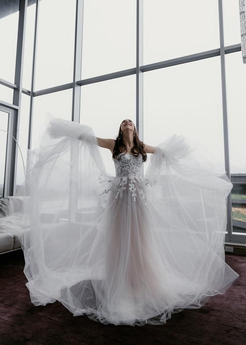 EM Wedding Preview Web-18.jpg