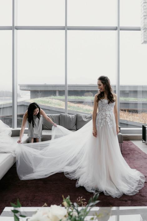 EM Wedding Preview Web-17.jpg