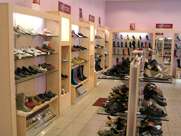 Alt-Оборудование для обувного магазина, стелажи для обувного магазина Владимир.