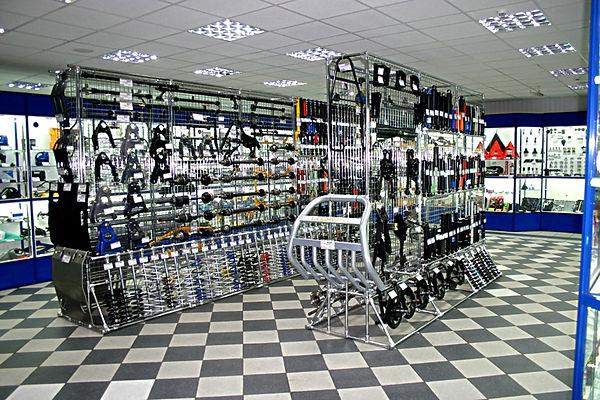 Alt-оборудование для автомобильного магазина во Владимире.