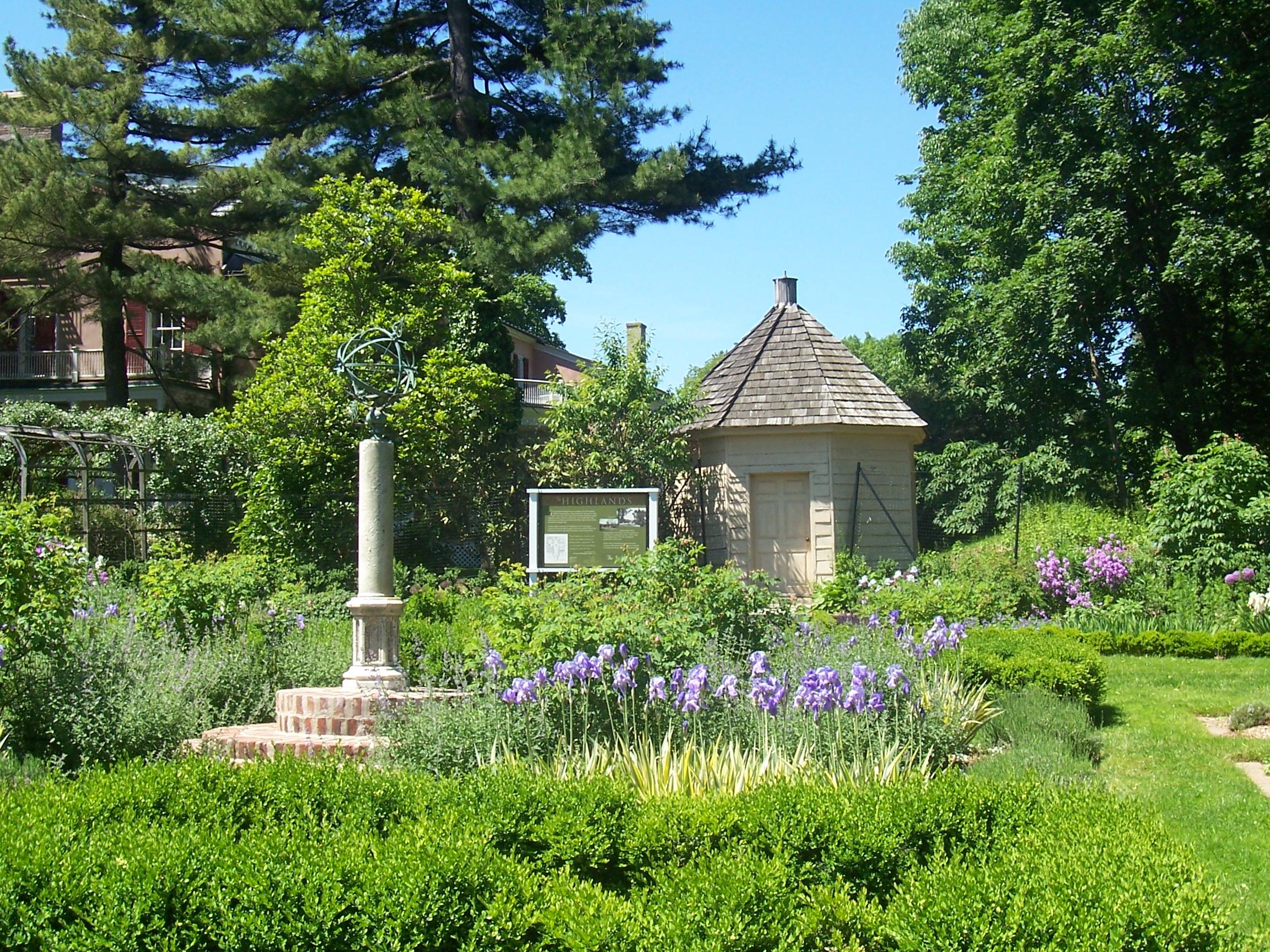 garden spring '06 023