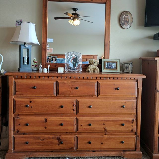 This large bedroom set is getting a MAJO