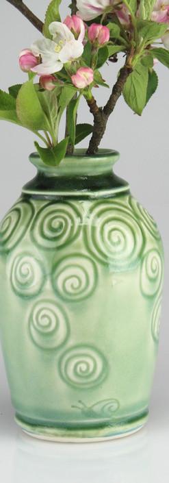 snailshell vase - porcelain