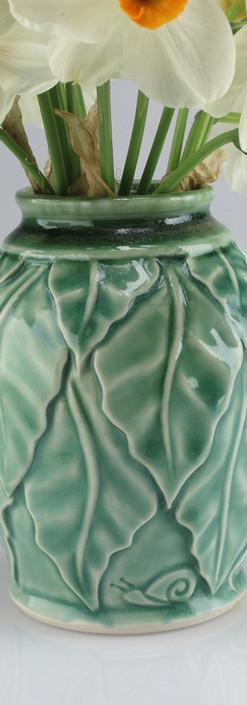 beanleaf vase - porcelain