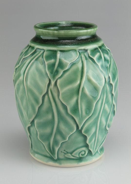 beanleaf vase - porcelain  #V2005b.jpg