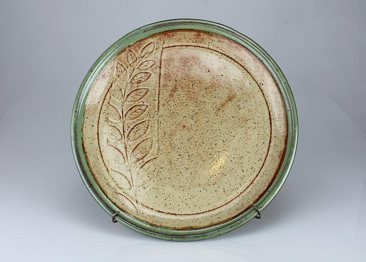 honeysuckle plate - #P2002 - 10.5 dia..J
