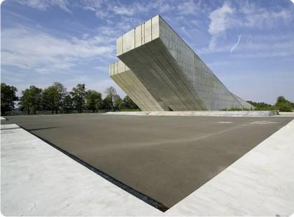 Památník Hrabyně