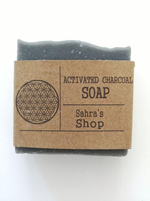 Aktiivihiiltä saippua