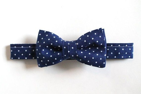 KIDS BLUE WITH WHITE POLKA DOTS PRE-TIED BOW TIE