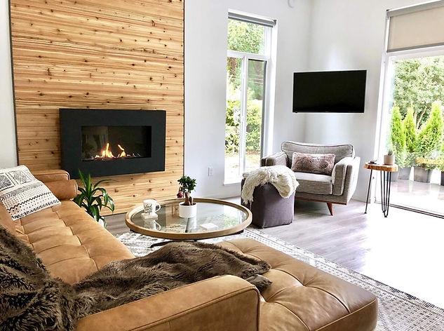 Davis - Living Room2_sm.jpg