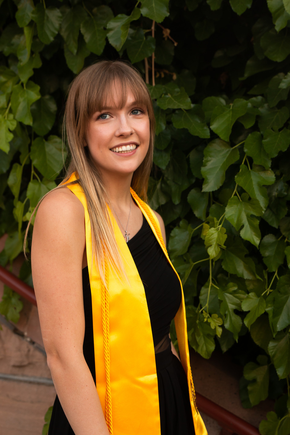 Hannah_Graduation_2019-11.jpg