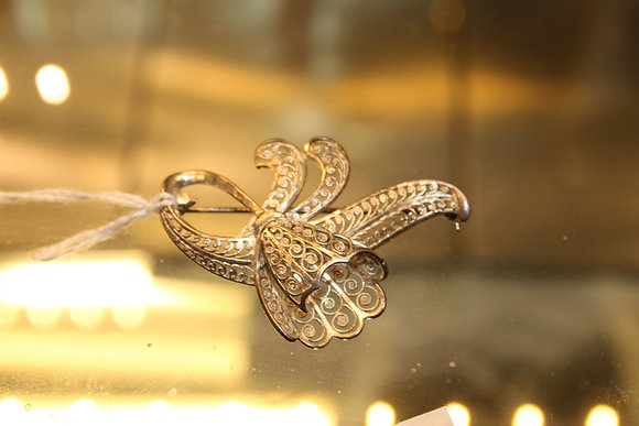 Sterling silver filigree brooch