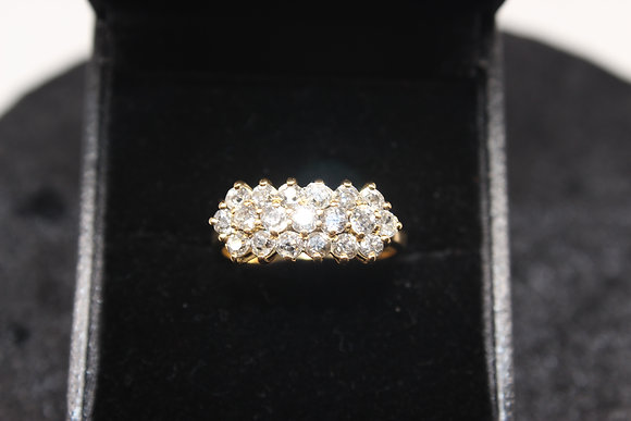 A 18ct gold & 95pts diamond ring, size Q, weighing 4.1g