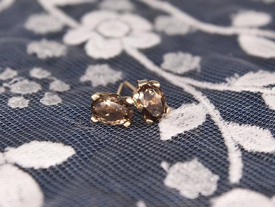 A pair of Smokey Quartz earrings, weighing 0.8g