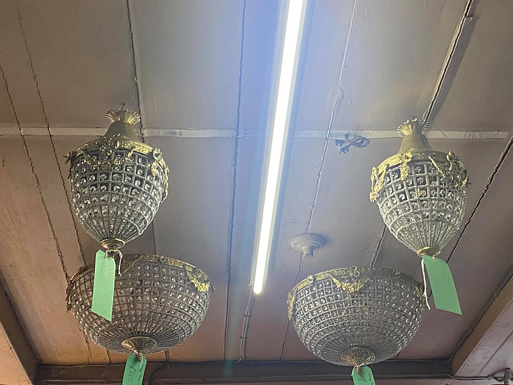 Small gold 'Pineapple' chandelier