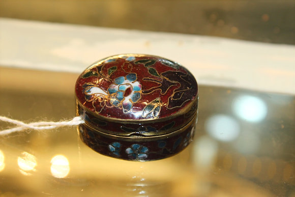 Cloisonne oval pill box