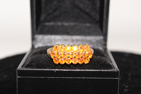 A 9ct gold ring, size O, weighing 3.3g