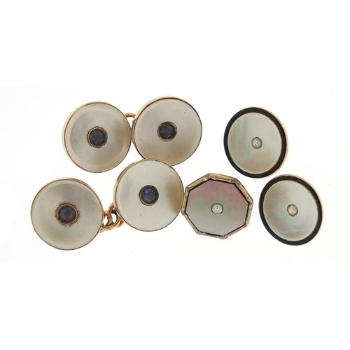 Art Deco 9ct gold mother of pearl studs and a pair of similar cufflinks, 10.0g