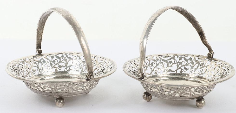A pair of silver bonbon dishes, Birmingham 1926