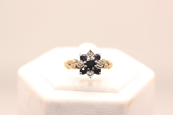 A 9ct gold, topaz & diamond ring, size O, weighing 2.9g