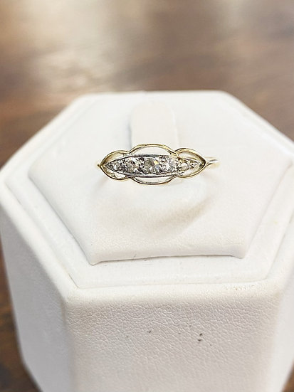 A 18ct gold & diamond gold ring, size N, weighing 1.6g