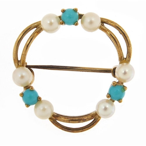 A gold turquoise and seed pearl brooch, 2.2cm in diameter, 2.4g