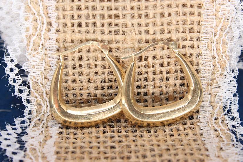 A pair of 9ct hoop earrings, weighing 1g