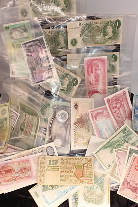 British and world bank notes including Elizabeth II one pounds