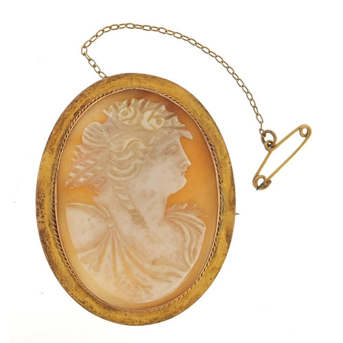9ct gold cameo maiden head brooch, 5cm high, 10.6g