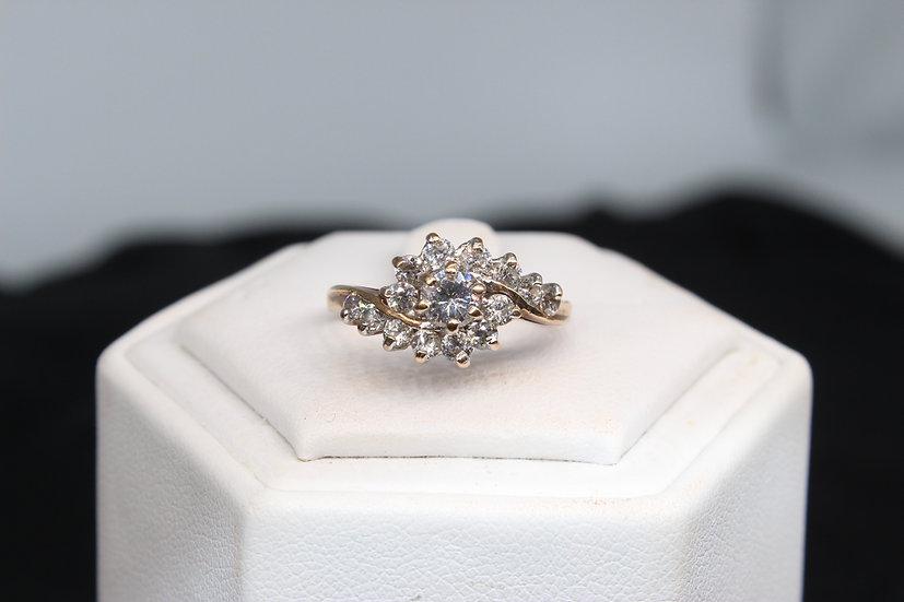 #A 9ct gold ring, weighing 2.3g