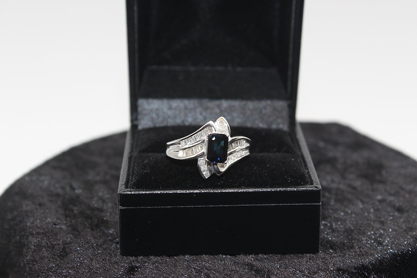 A 10ct white gold, diamond & topaz ring, size N, weighing 3.6g