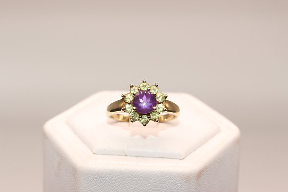 A 9ct gold and ring, size O, weighing 2.8g