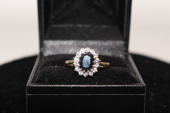 A 9ct gold and topaz ring, size P, weighing 2.2g