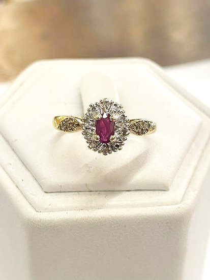 A 9ct gold & diamond ring, size N