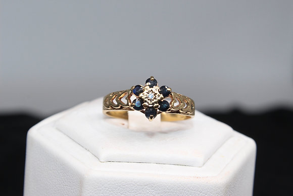 A 9ct gold and diamond ring, size V, weighing 2.8g