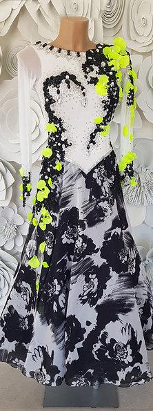 Ballroom White Black Flower